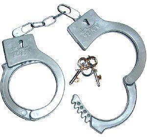 Police / Prisoners