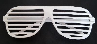 Blinds 80's glasses